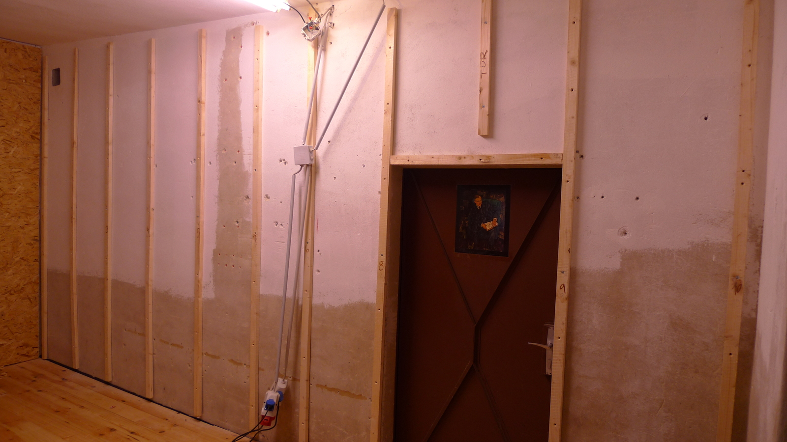 werkstattumbau neue w nde neues aus der werkstatt. Black Bedroom Furniture Sets. Home Design Ideas